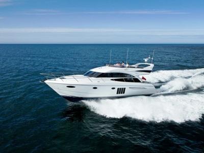 location bateau Princess 60 Fly