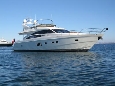 location bateau Princess 67