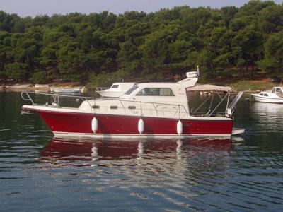 location bateau Rab 880