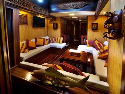 intérieur Raja Laut