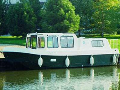 location bateau Renaud 8000