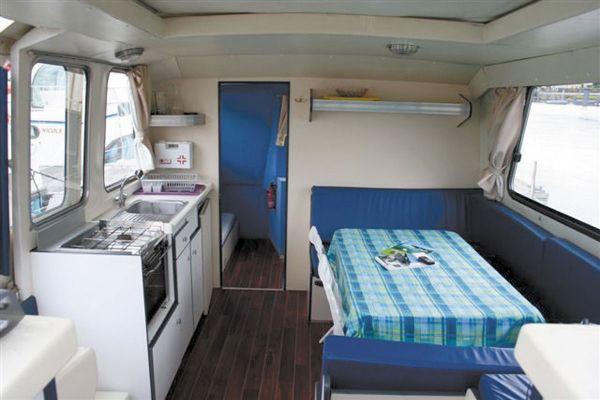 intérieur Riviera 1130