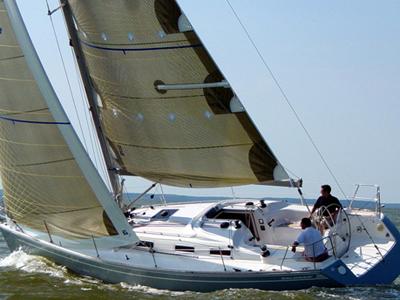location bateau Salona 37