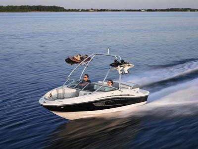 location bateau Sea Ray 185 Sport
