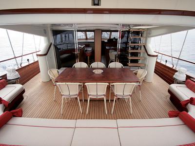 location bateau Serenity 86