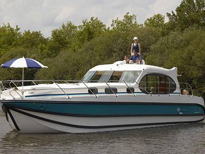 location bateau Estivale Sixto