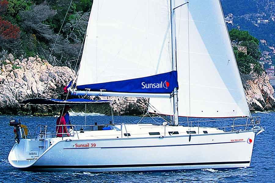 Sunsail Cyclades 39