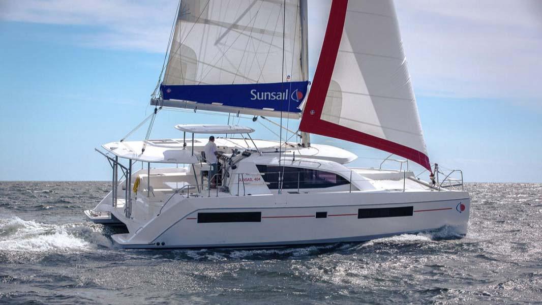 location bateau Sunsail Leopard 40