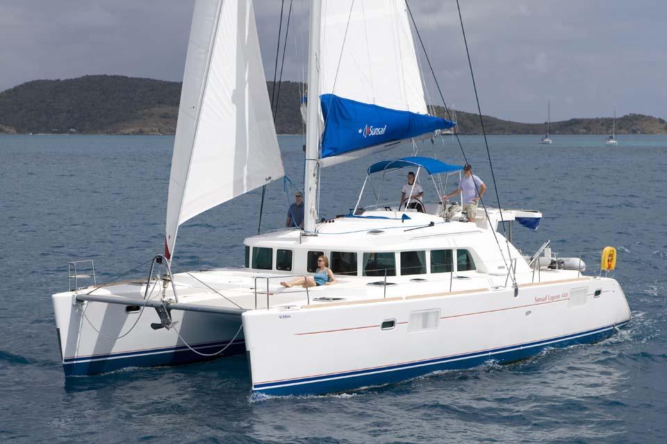 location bateau Sunsail Lagoon 440