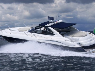 outside Sunseeker Predator 58