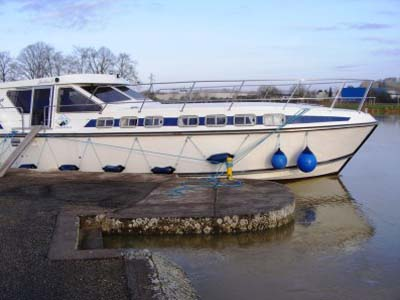 Location bateau  Tarpon 49 Quattro Prestige