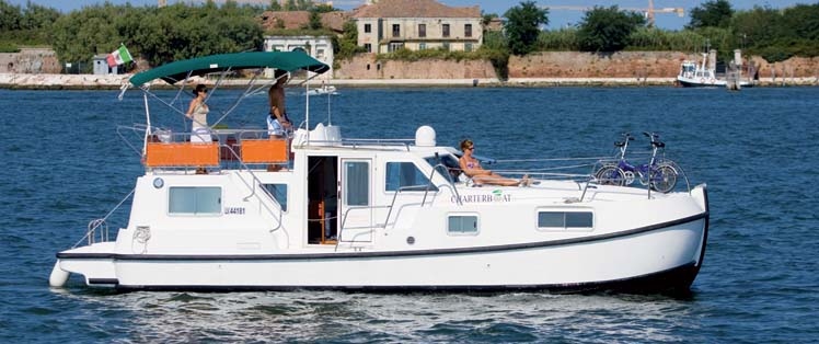 location bateau Tip Top