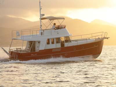 Location bateau  Trawler 42