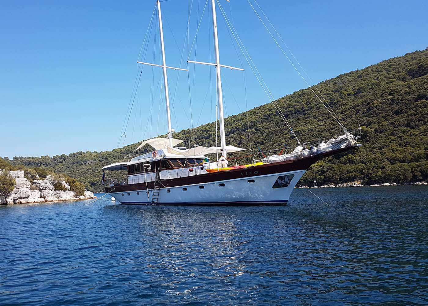 location bateau Vito