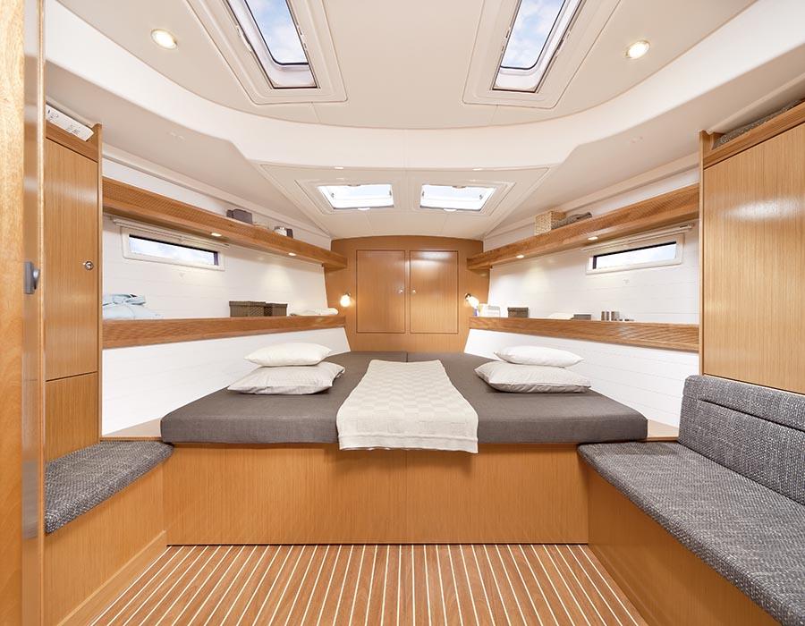 intérieur Bavaria Cruiser 50