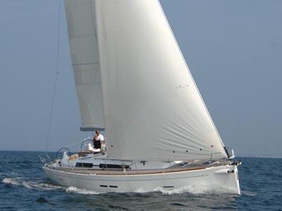 location bateau Dufour 445 GL