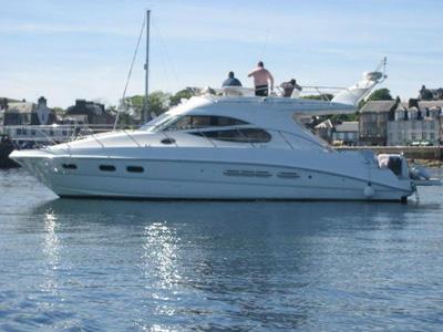 location bateau Sealine F42/5