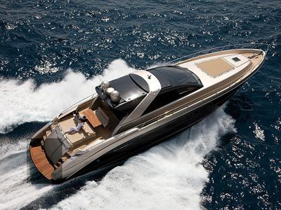 location bateau Riva 68