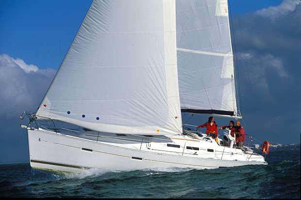 location bateau Oceanis Clipper 373