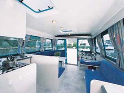 intérieur Vetus 1200 K3