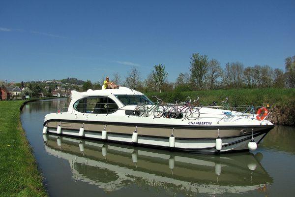 location bateau Sixto Prestige