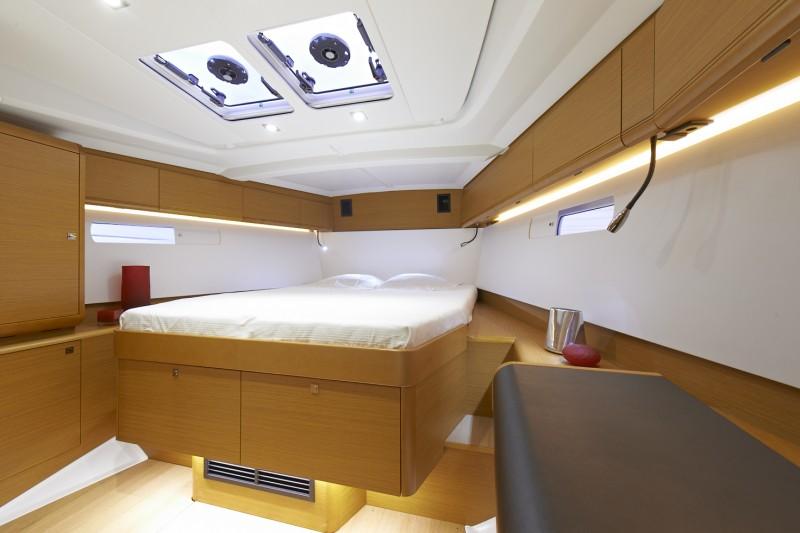 interno Sun Odyssey 469