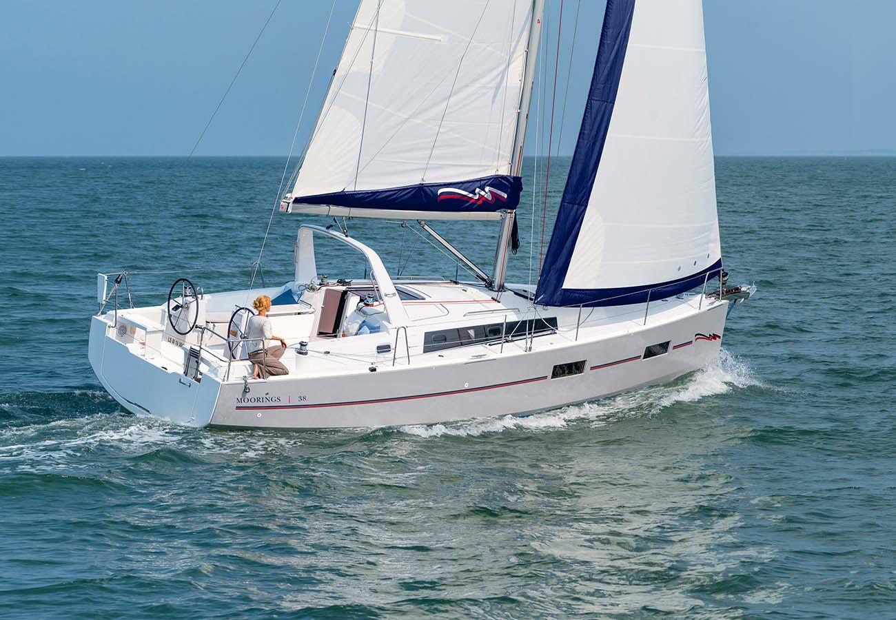 location bateau Moorings Oceanis 38