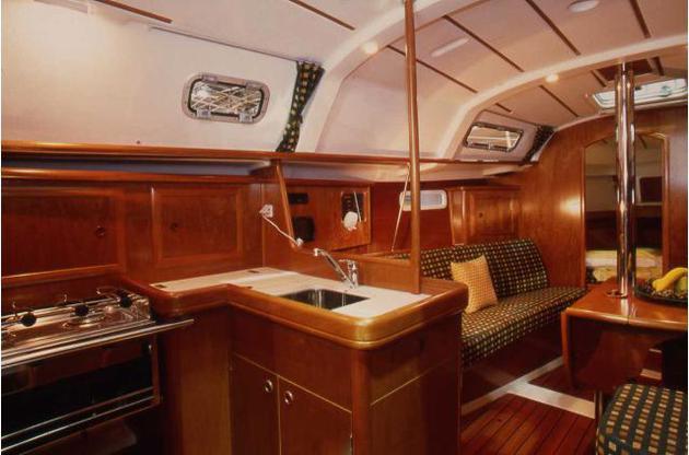 innen Oceanis Clipper 331