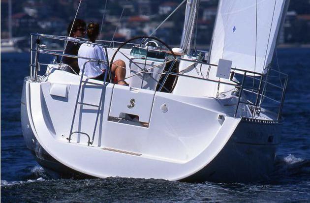äußere Oceanis Clipper 331