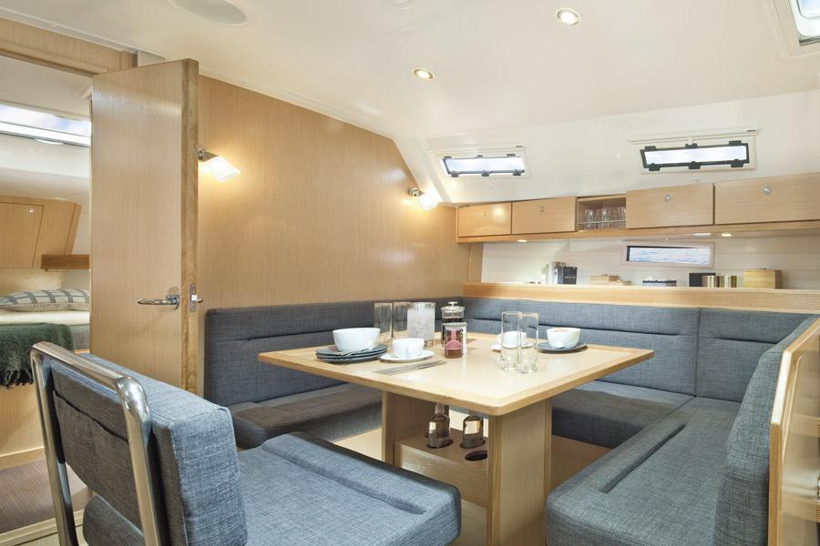 innen Bavaria Cruiser 40 S