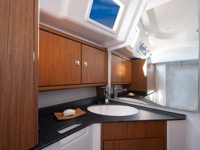 innen Bavaria Cruiser 33