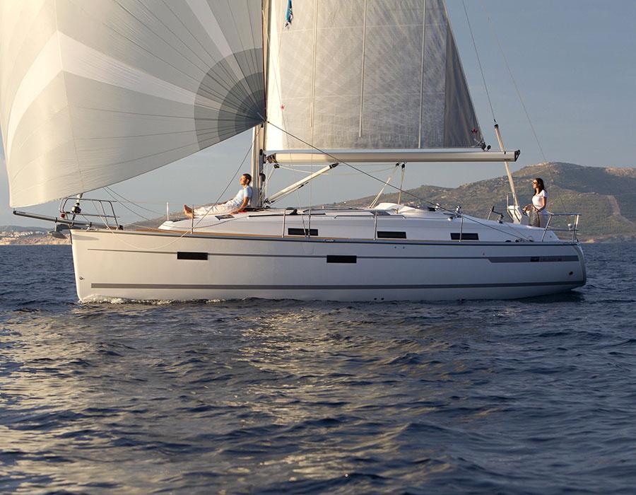 äußere Bavaria Cruiser 36