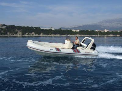 location bateau Barracuda 530