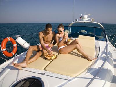 location bateau Cranchi Mediteranee 43