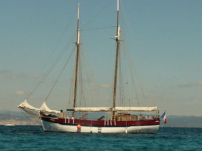location bateau Antares