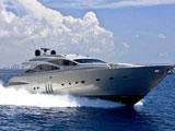 location bateau Pershing 90
