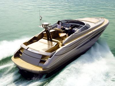location bateau Riva Rivale 52