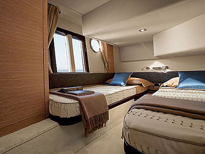 interno Azimut 38 Fly
