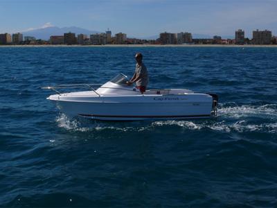 location bateau B2 Marine 4.52 CC