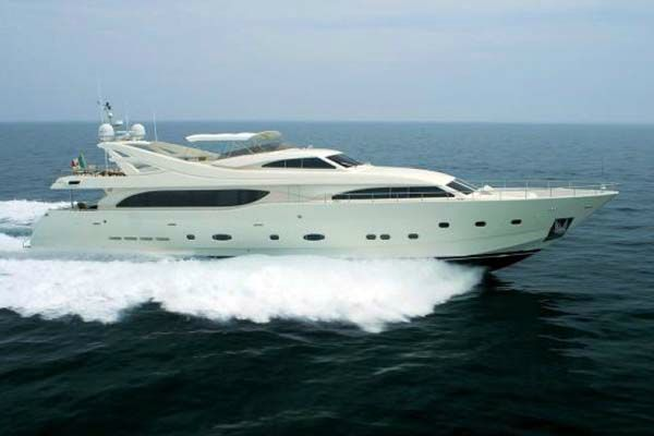 Location bateau  Ferretti 112