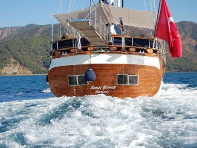 location bateau Remzi Yilmaz