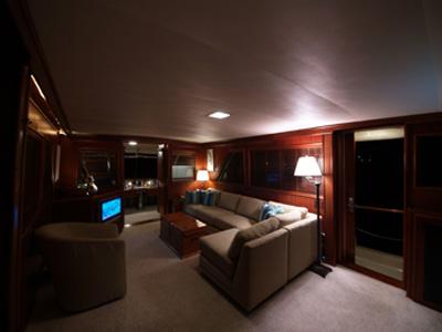intérieur Hatteras 60