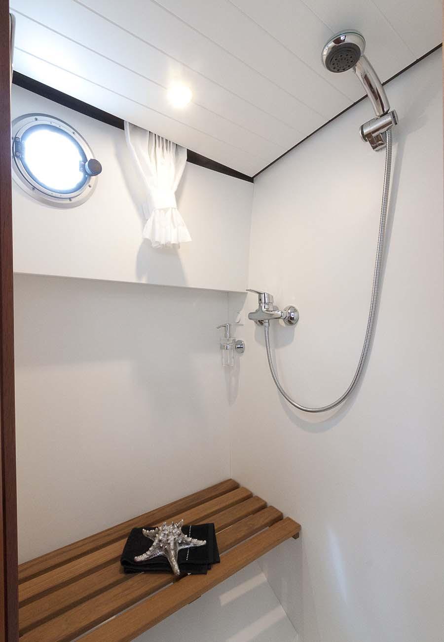 interno Linssen Strudy 32 AC