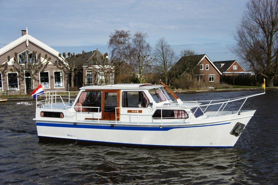 location bateau Palan C 950