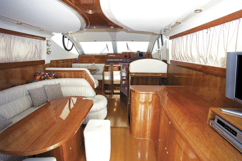 intérieur DC 16