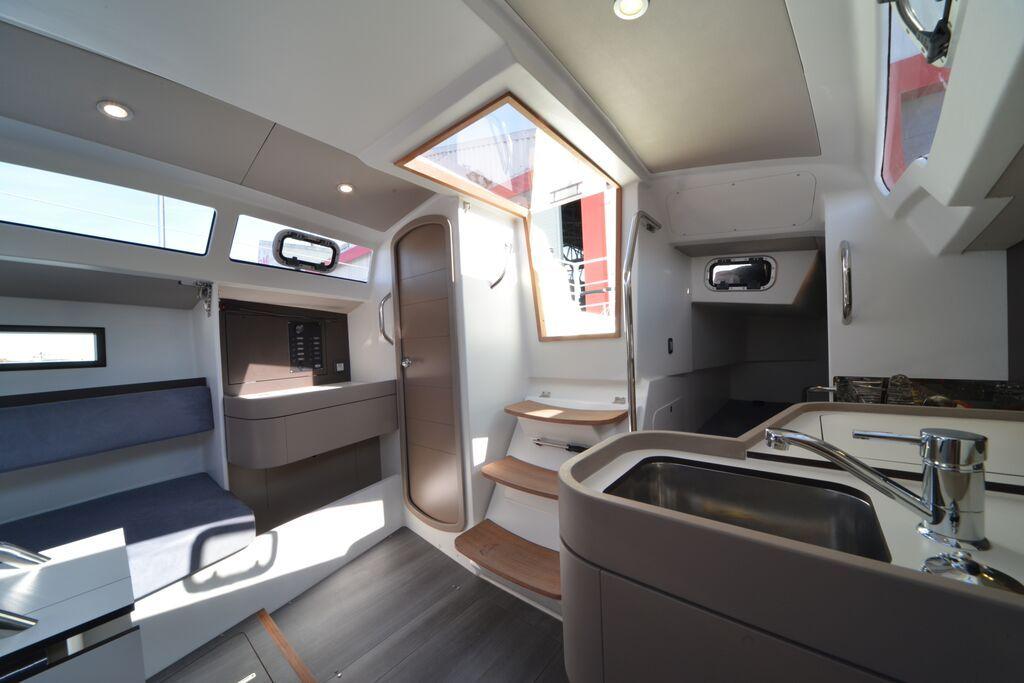 intérieur RM 890