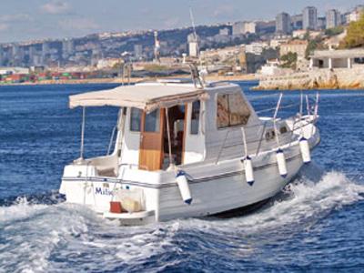 location bateau Adria 800