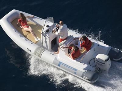 location bateau Pirelli 660