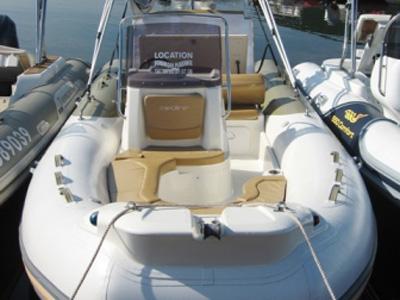 location bateau Medline 650
