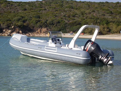 location bateau Capelli Tempest 750